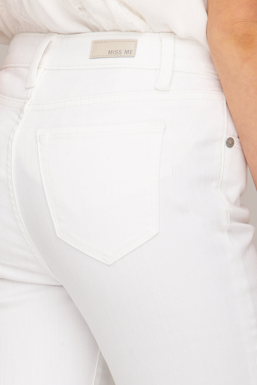 pocket, White