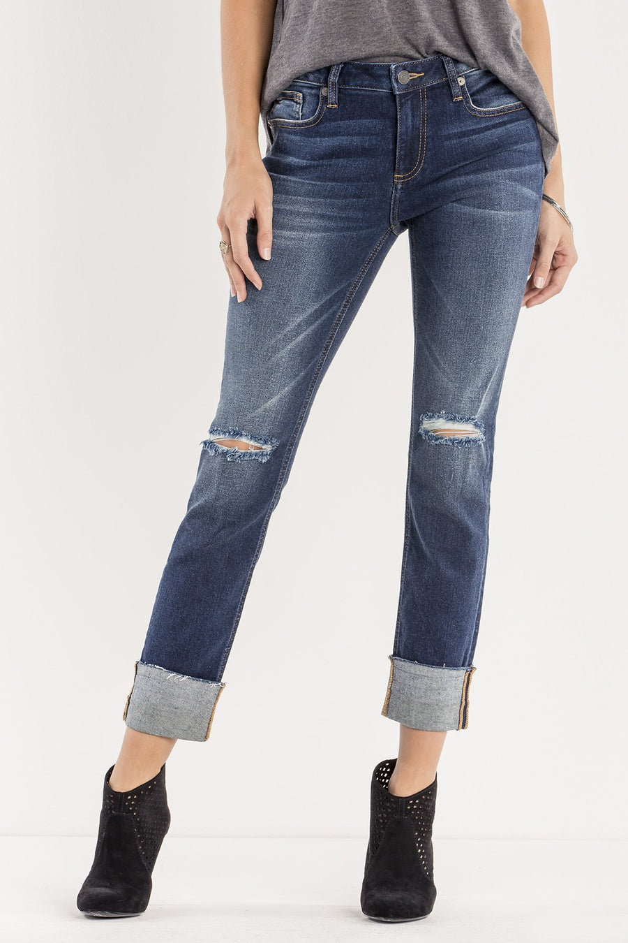 LEVEL UP MID-RISE ANKLE STRAIGHT CUT JEANS