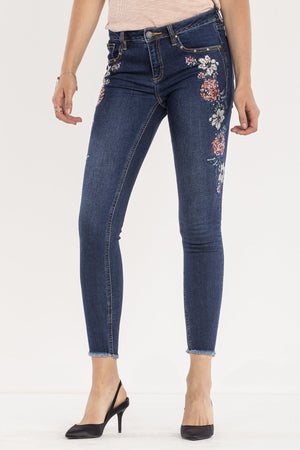 SWEET SENTIMENTS MID-RISE ANKLE SKINNY JEANS