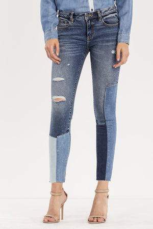 OUT OF SIGHT MID-RISE ANKLE SKINNY JEANS
