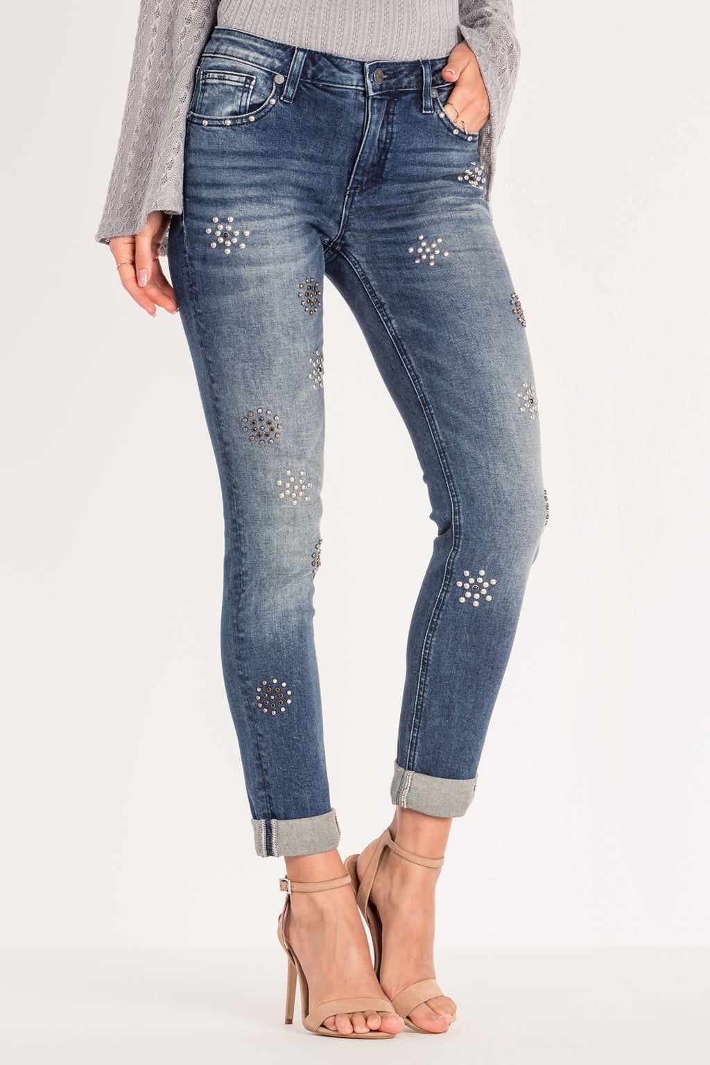 fcde7fbb35b92 TIMELESS STUD CUFFED ANKLE SKINNY JEANS