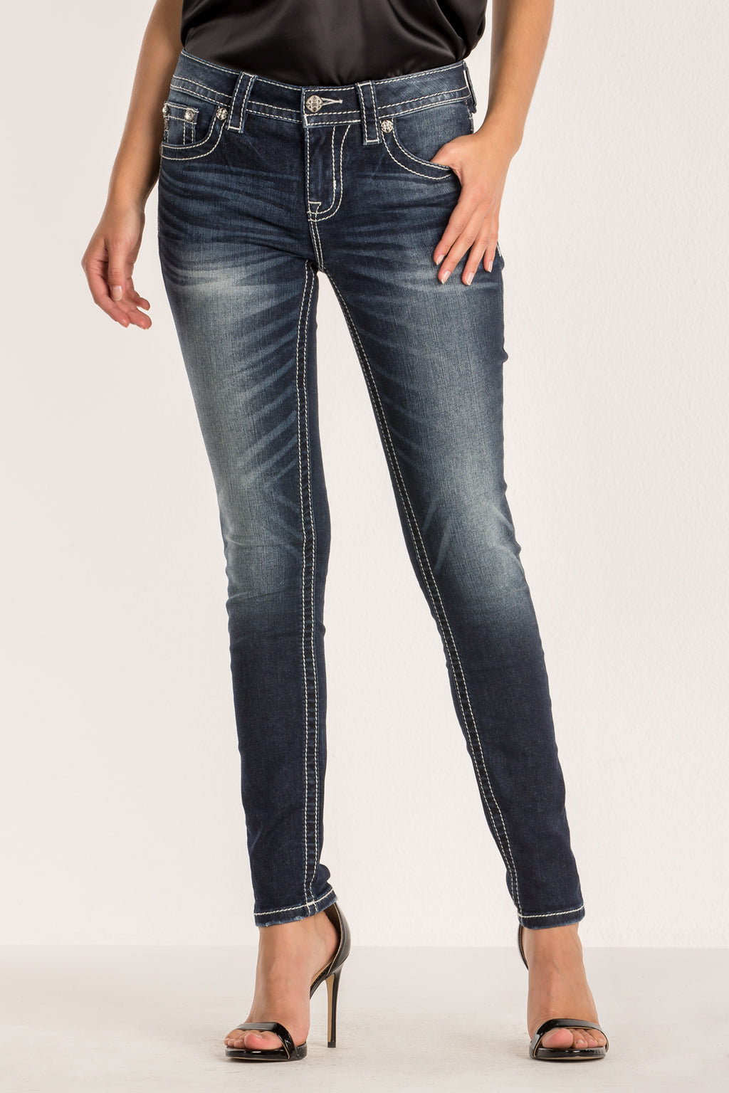 533a8af2b0c3f CROSS THE LINES SKINNY JEAN - front