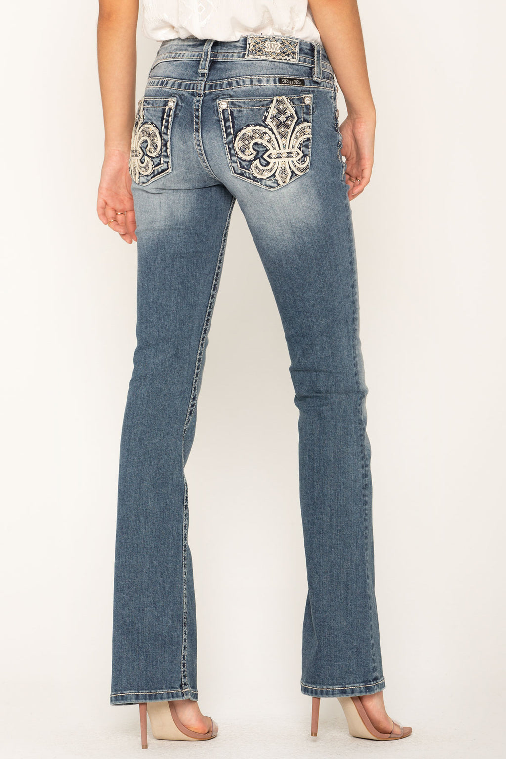 7cf378f5a31 SILVER PLATTER BOOTCUT JEANS