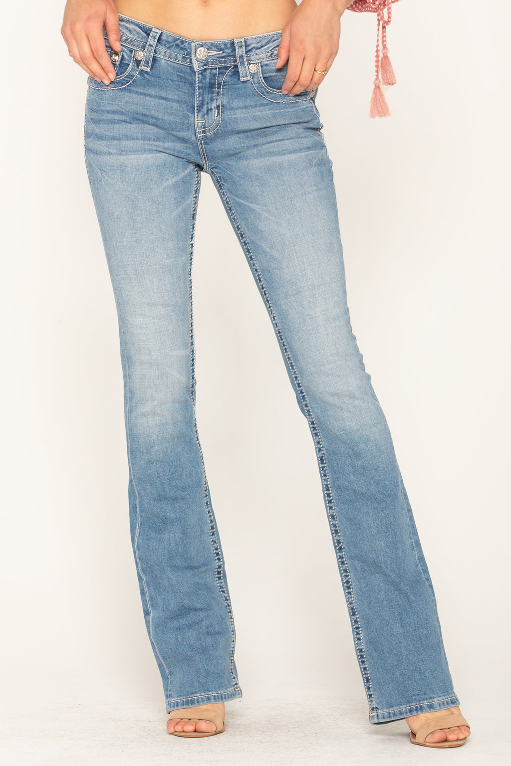 b4ca645215a BLUSHING FLORALS BOOTCUT JEANS - front
