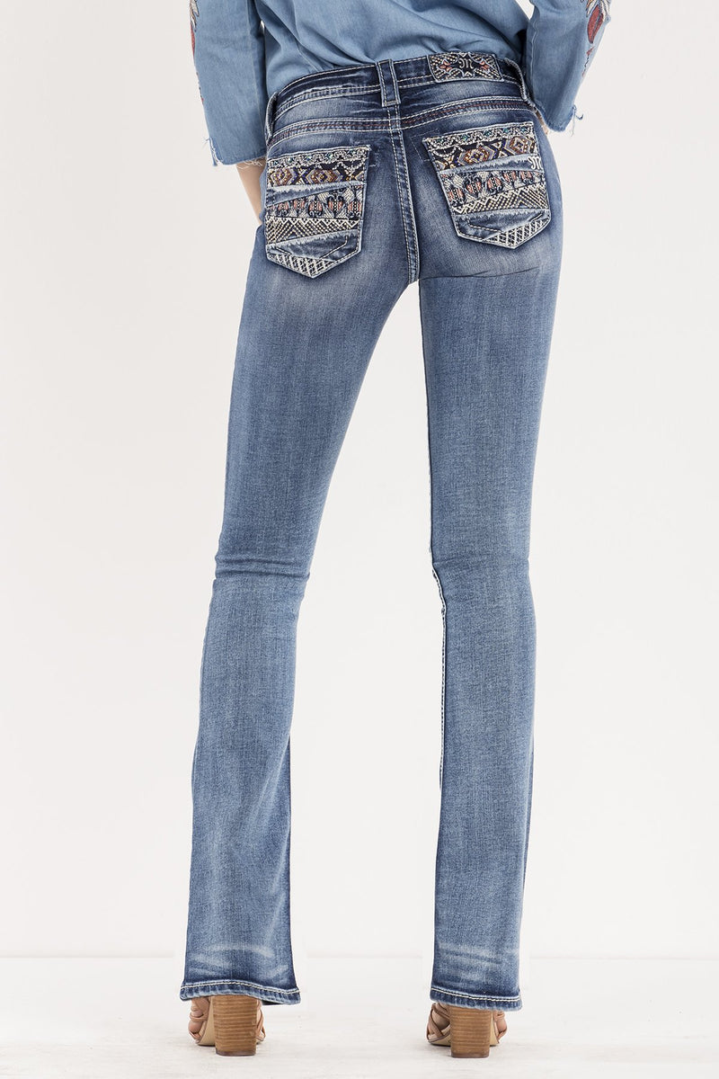 CUT IT CLOSE MID-RISE BOOTCUT JEANS