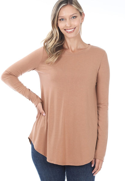 Long Sleeve Round Neck Round Hem Top in Eggshell