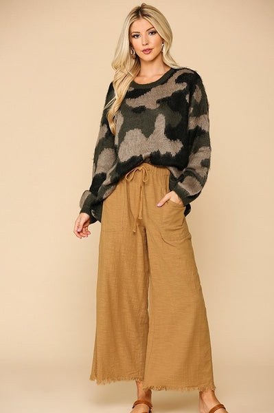 Wide Leg Pants with Pockets and Frayed Hem