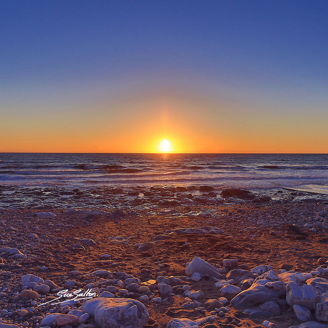 PORTHCAWL RESTBAY WINTER SUNSET - Sue Salton Photo Art
