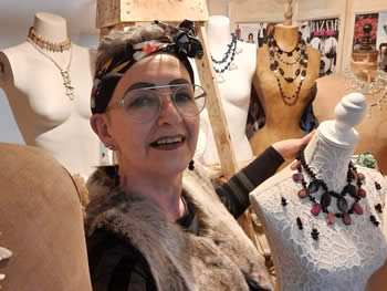 Beth Sharliss Jewellery - About Us