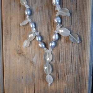 Moonstone and freshwater Pearl necklace.