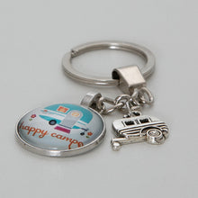 Load image into Gallery viewer, Keyring Caravan Happy Campers