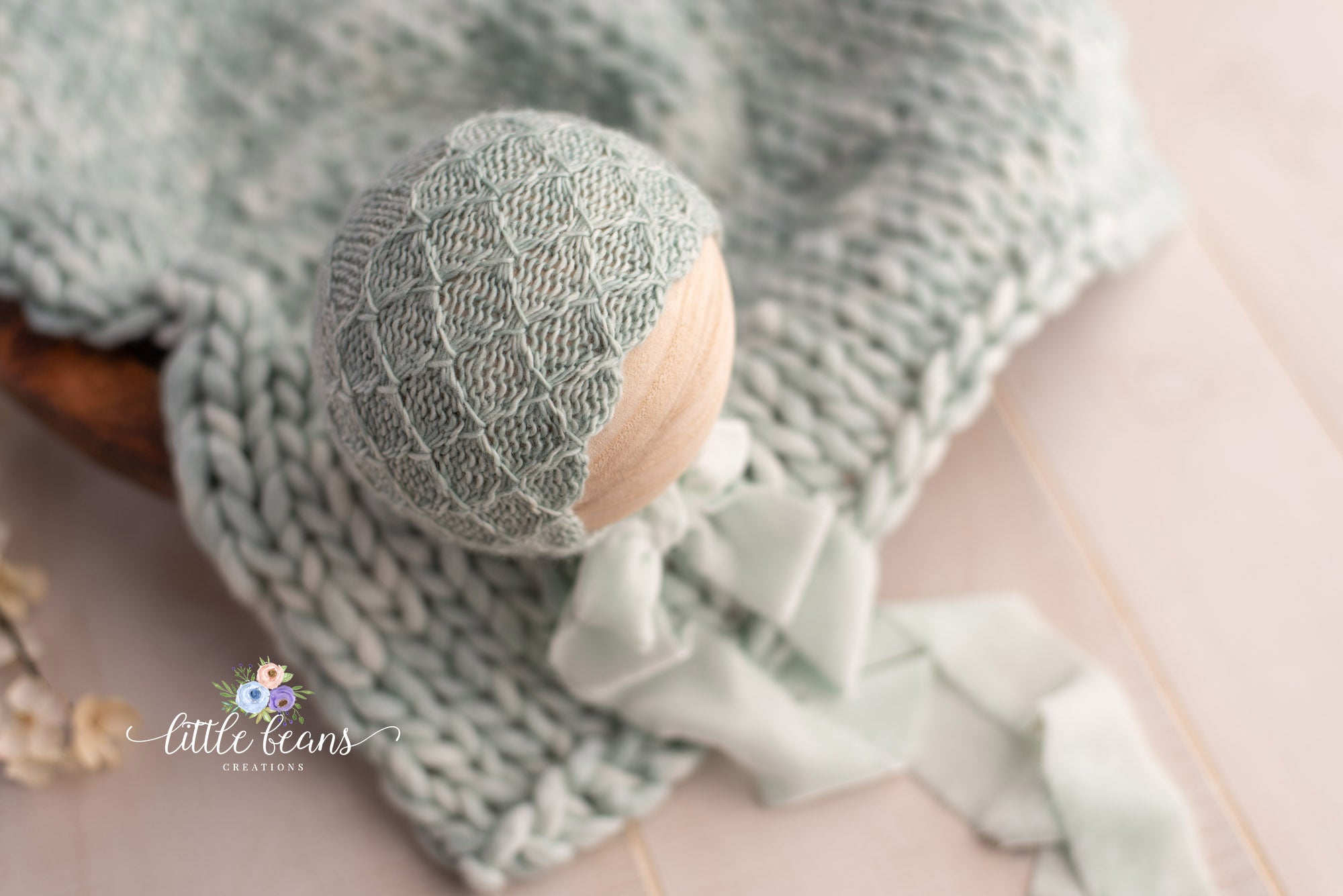 Seafoam Bonnet and Layer Set