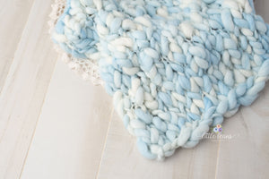 Thick Handspun Layer in Light Blue