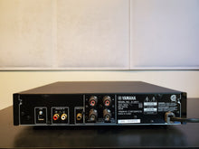Load image into Gallery viewer, Yamaha A-U671 Integrated Amplifier