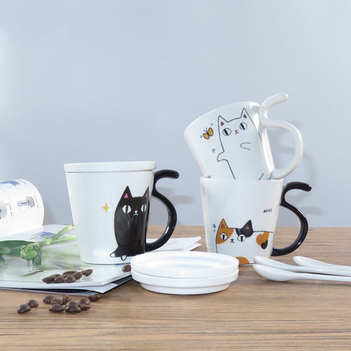Cartoon Cat Mug with Tail Handle