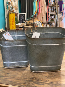 Tin Wall Hanging Bucket
