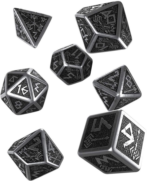 Q Workshop Dwarven Metal & Black Dice Set 7