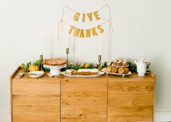 How To: Thanksgiving Dessert Table