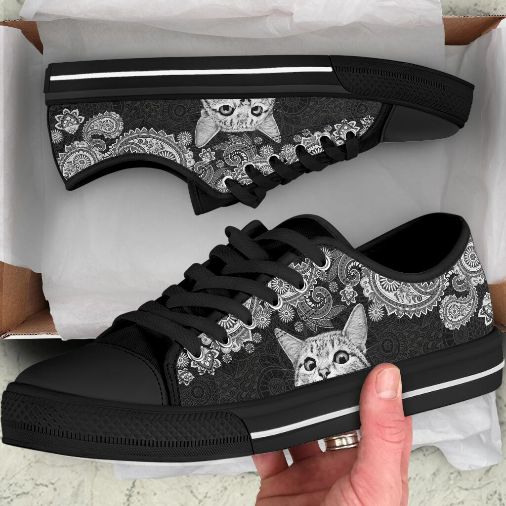 Love Cat Mandala Art Low Top Shoe