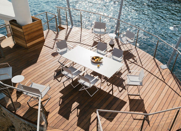 SEAX Dining Table in White 30% Off Outdoor Furniture DEDON