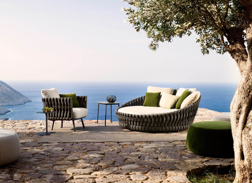 Tosca Daybed Outdoor Furniture Tribu