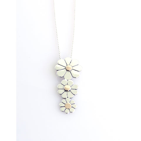 3 Daisy Necklace - Vertical