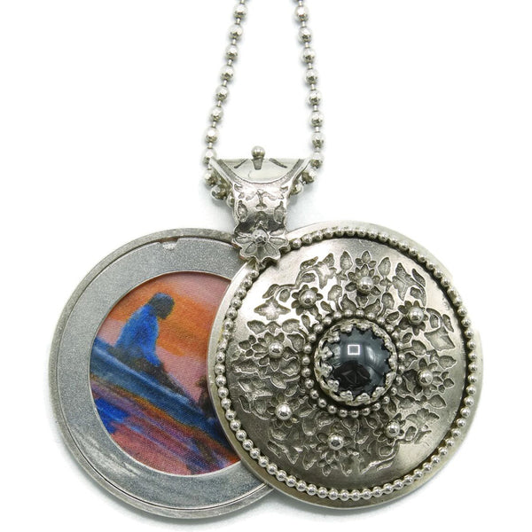 Faranelli Locket