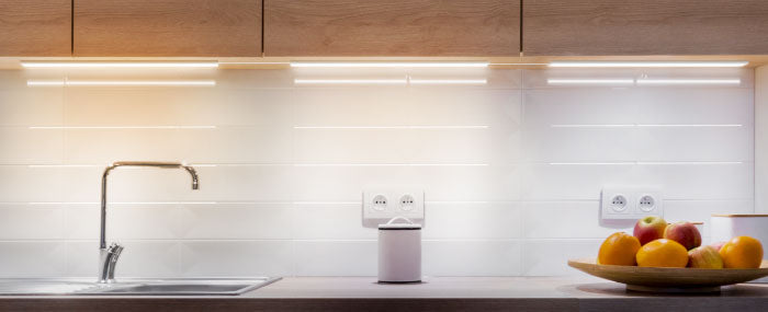 Our cabinet lightingis also built to last with advanced DOB (Driver-On-Board) technology, which helps eliminate humming sounds, prevents flickering and dimmable, dims from 100%-0% smoothly. These counter lights are high quality, making showcasing your home — simple. These lights are also linkable allowing you to extend the illumination across larger areas. You can configure the fixtures based on how you want the light to spread across and controlling the light to shine on the desired areas.