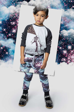 Pocket Trackies - Girls in Space Background