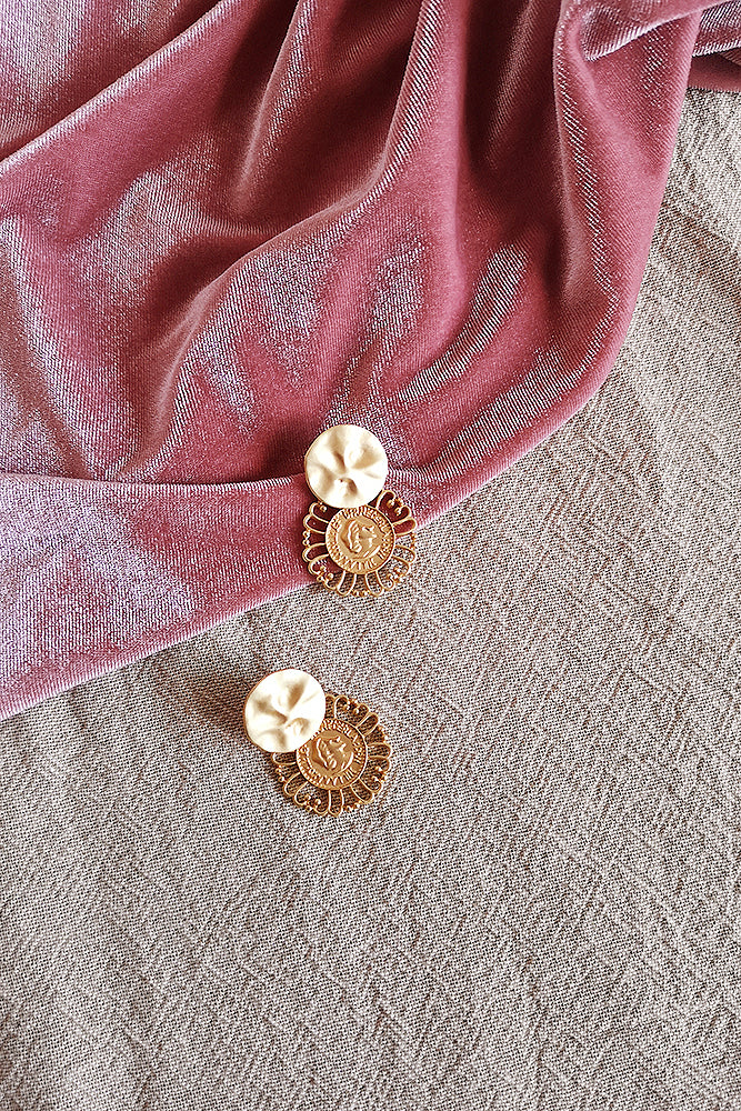MATTE GOLD COIN DROP EARRINGS