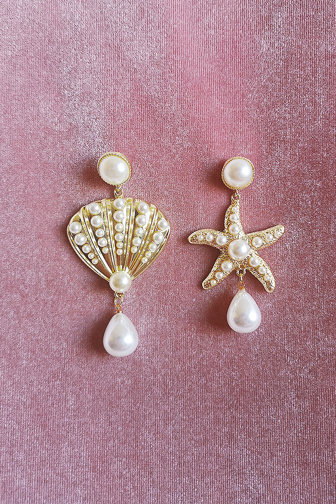 ASYMMETRICAL SEASHELL PEARL DROP EARRINGS