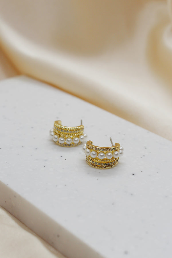 FIVE ROW GOLD DIAMANTE HOOP STUD EARRINGS