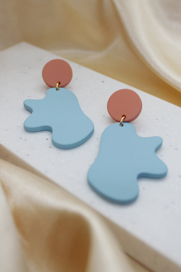 ORGANIC SHAPE DROP EARRINGS