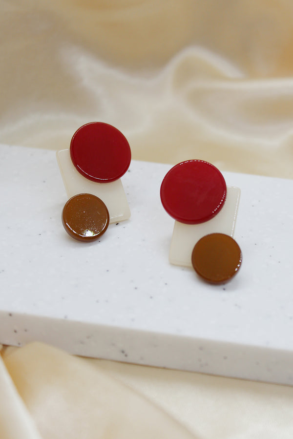 ROUND AND SQUARE STUD EARRINGS