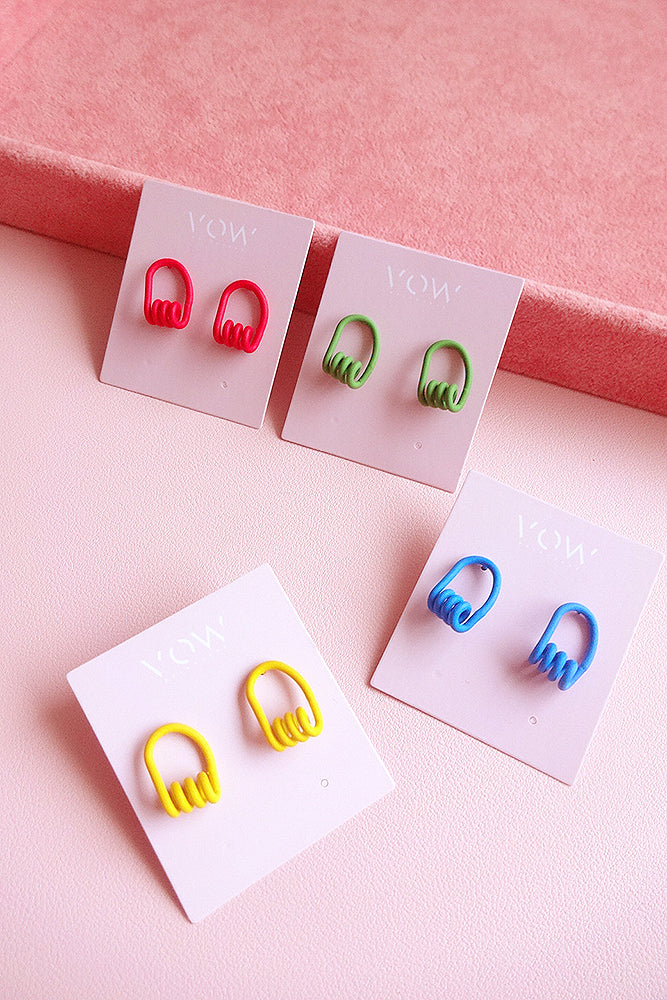 WIRED SPIRAL STUD EARRINGS