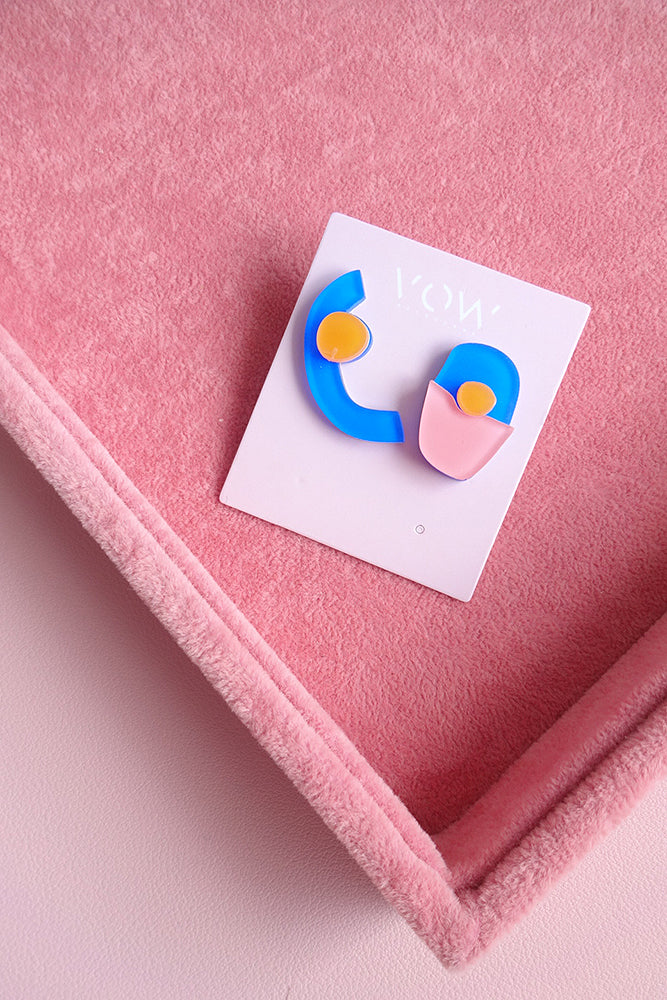 ASYMMETRICAL ABSTRACT SHAPE FUNKY STUD EARRINGS
