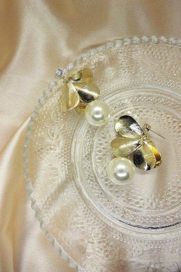 FLORAL PETAL PEARL DROP EARRINGS