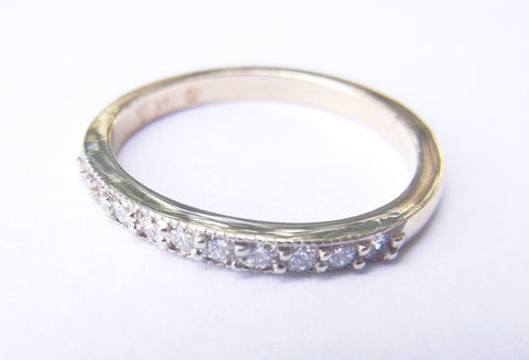 14kt Yellow Gold 11 Diamond Beaded Band