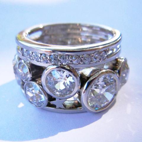14kt White Gold Moon and Stars Diamond Ring