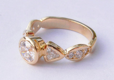 14kt Yellow Gold 9 Diamond Ring