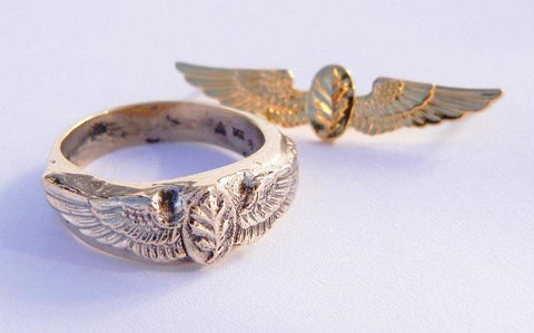 14kt Yellow Gold Oak Leaf & Wings Ring
