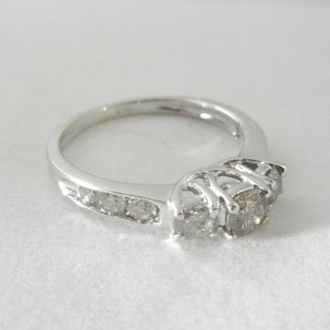 Vintage Style 10kt Gold 9 Diamond Ring