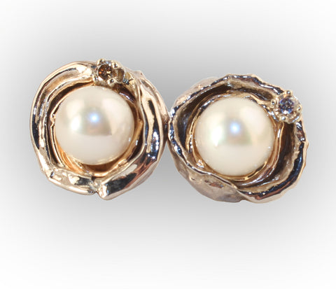 8mm  Pearl Orbit Earring with Diamond
