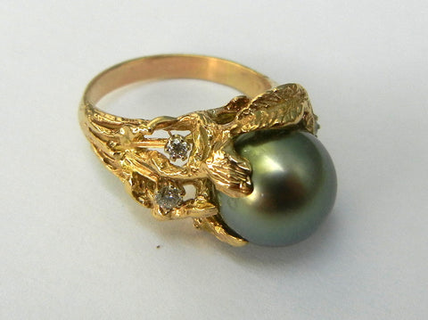 Tahitian Pearl and Gold Ring