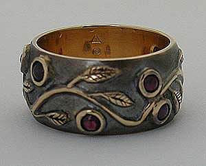 Antique Finished Gold Garland Band w/ Rubies