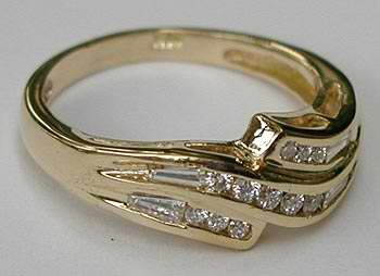 20 Diamond Gold Ring
