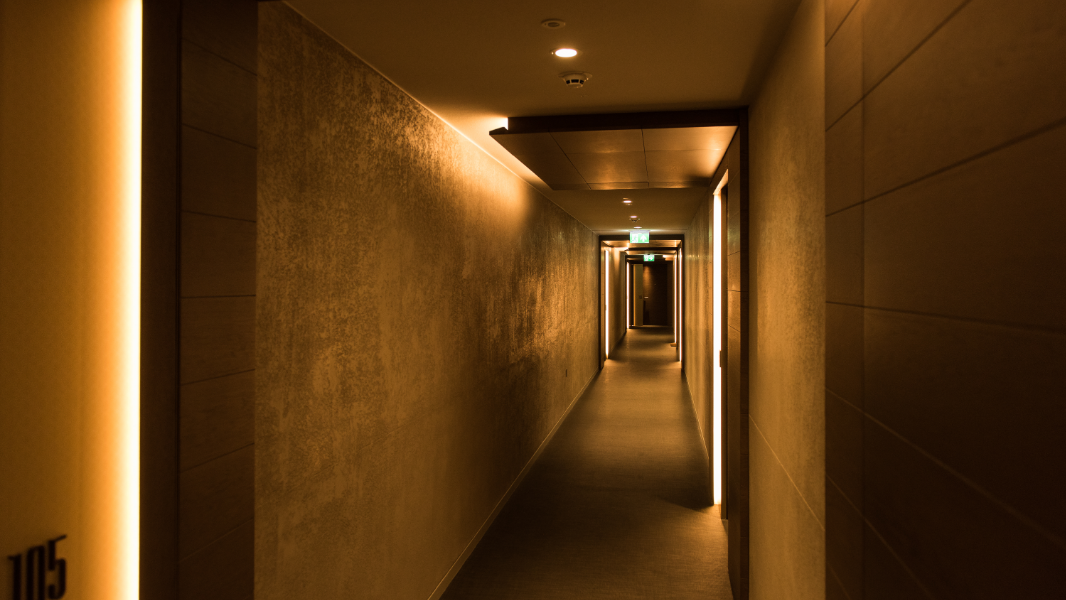 Lighting in a hallway