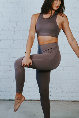 sneak away leggings
