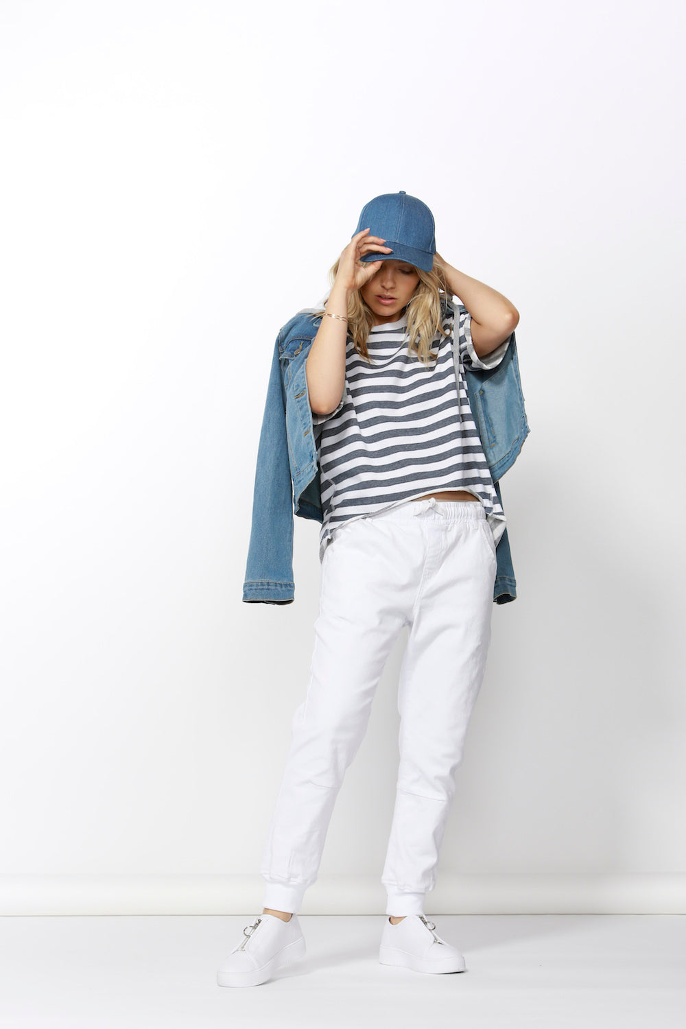 Betty Basics Zander Jean Pant in White