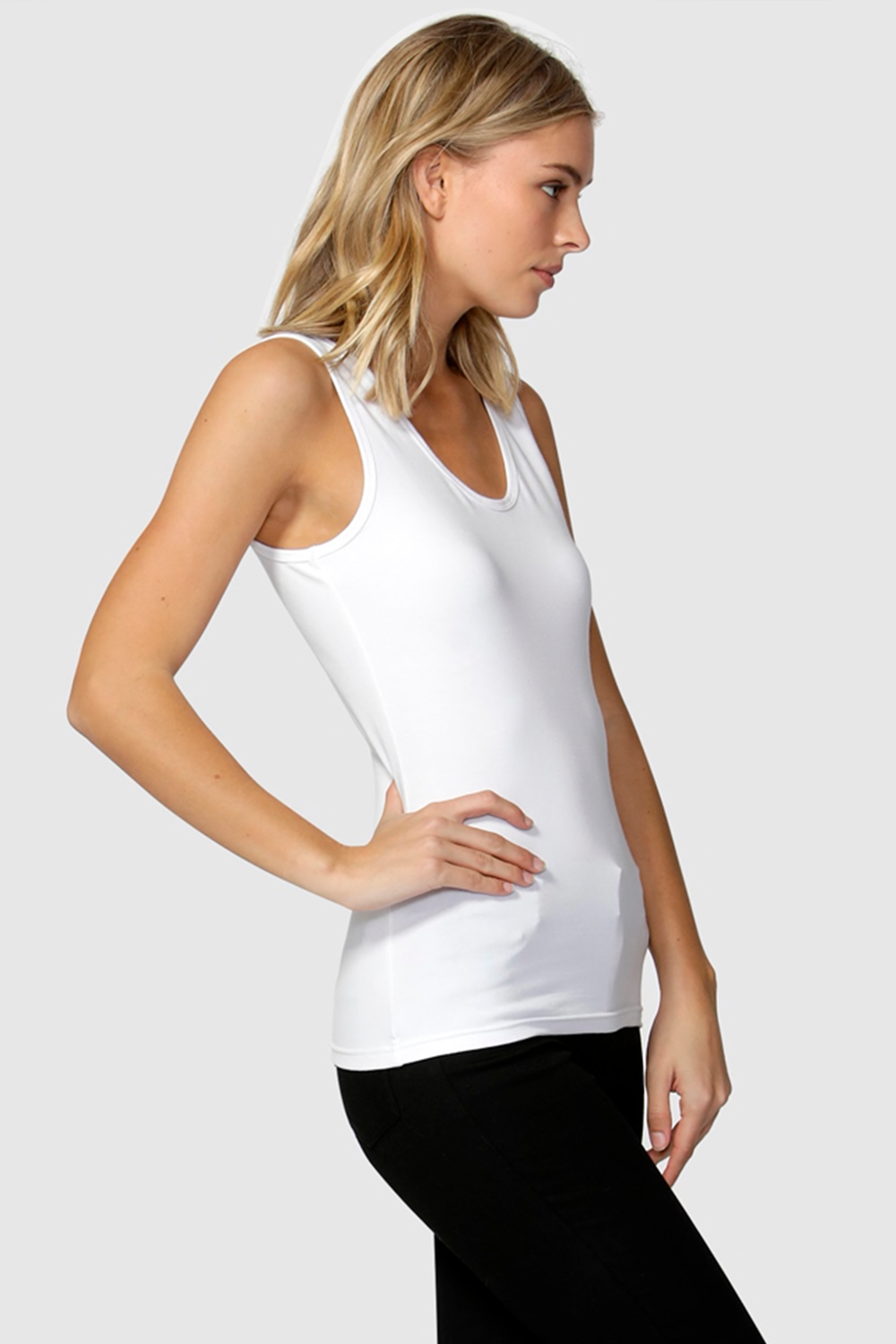 Emma Scoop Tank by Betty Basic's - White